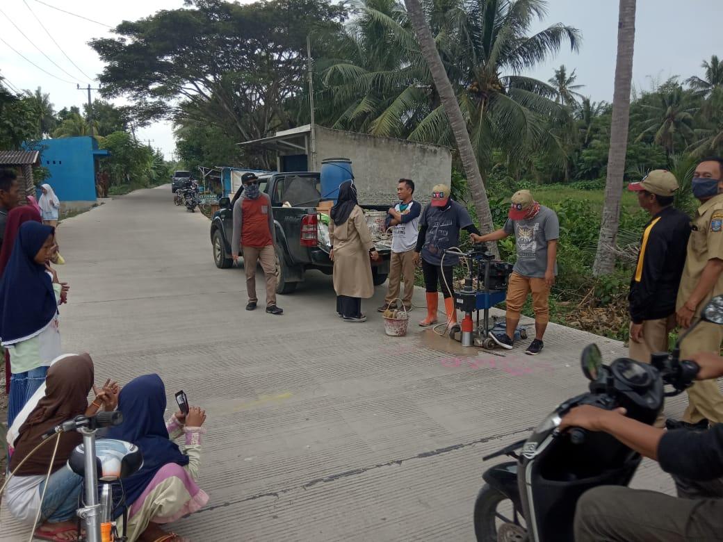 inspektorat-melakukan-pemeriksaan-pekerjaan-pembangunan-jalan-di-desa-cikande-permai-kecamatan-cikande-kabupaten-serang